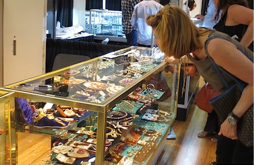 NY_Antique_Jewelry__Watch_Show_2014