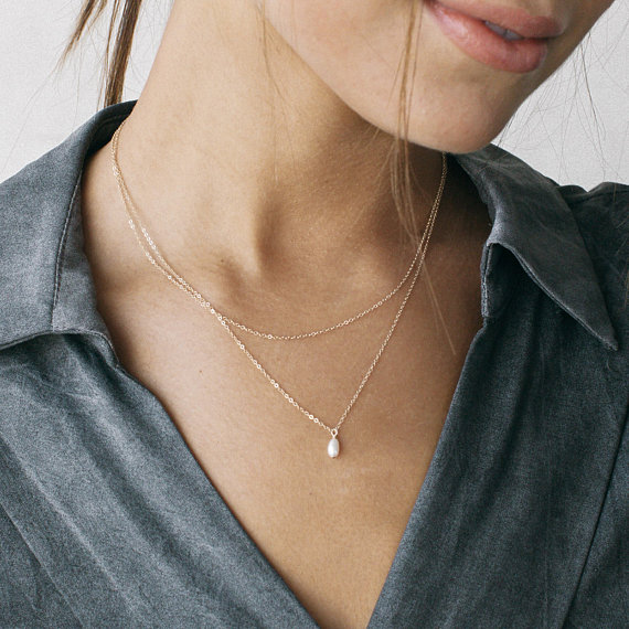 Layered Necklaces. Pearl Jewellery.