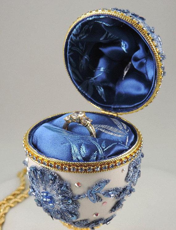 NatalieOrigStudio engagement ring box