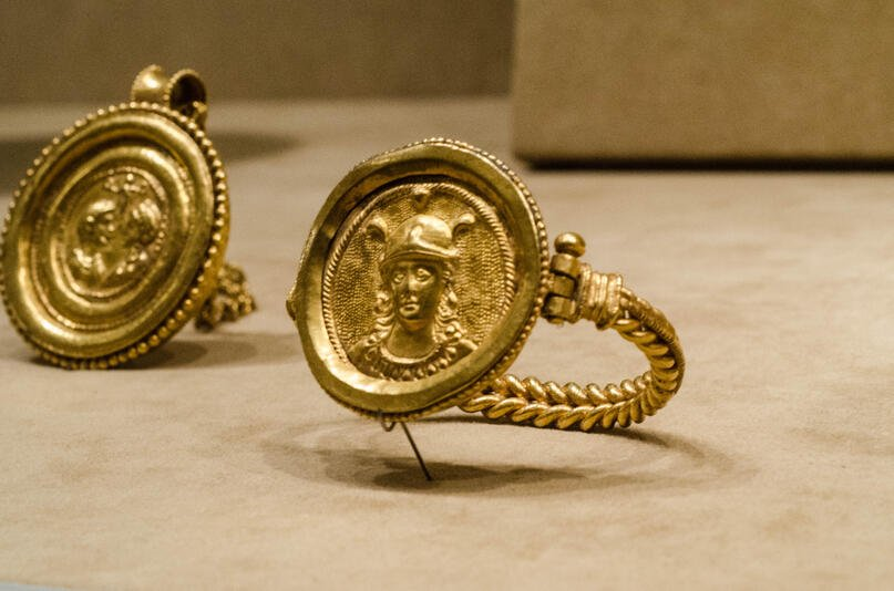 Ancient Byzantine Jewelry at The Metropolitan Museum of Art