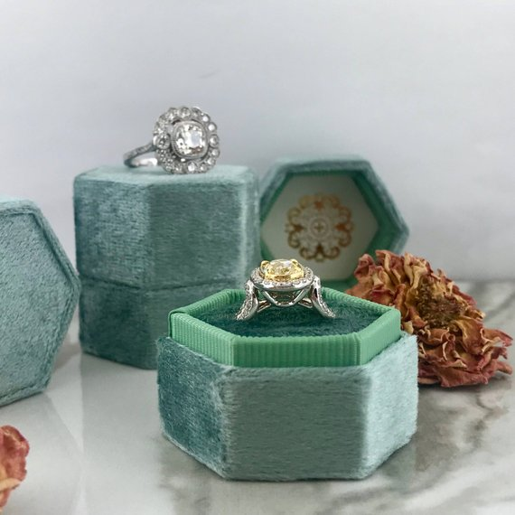 allengleur velvet engagement ring box