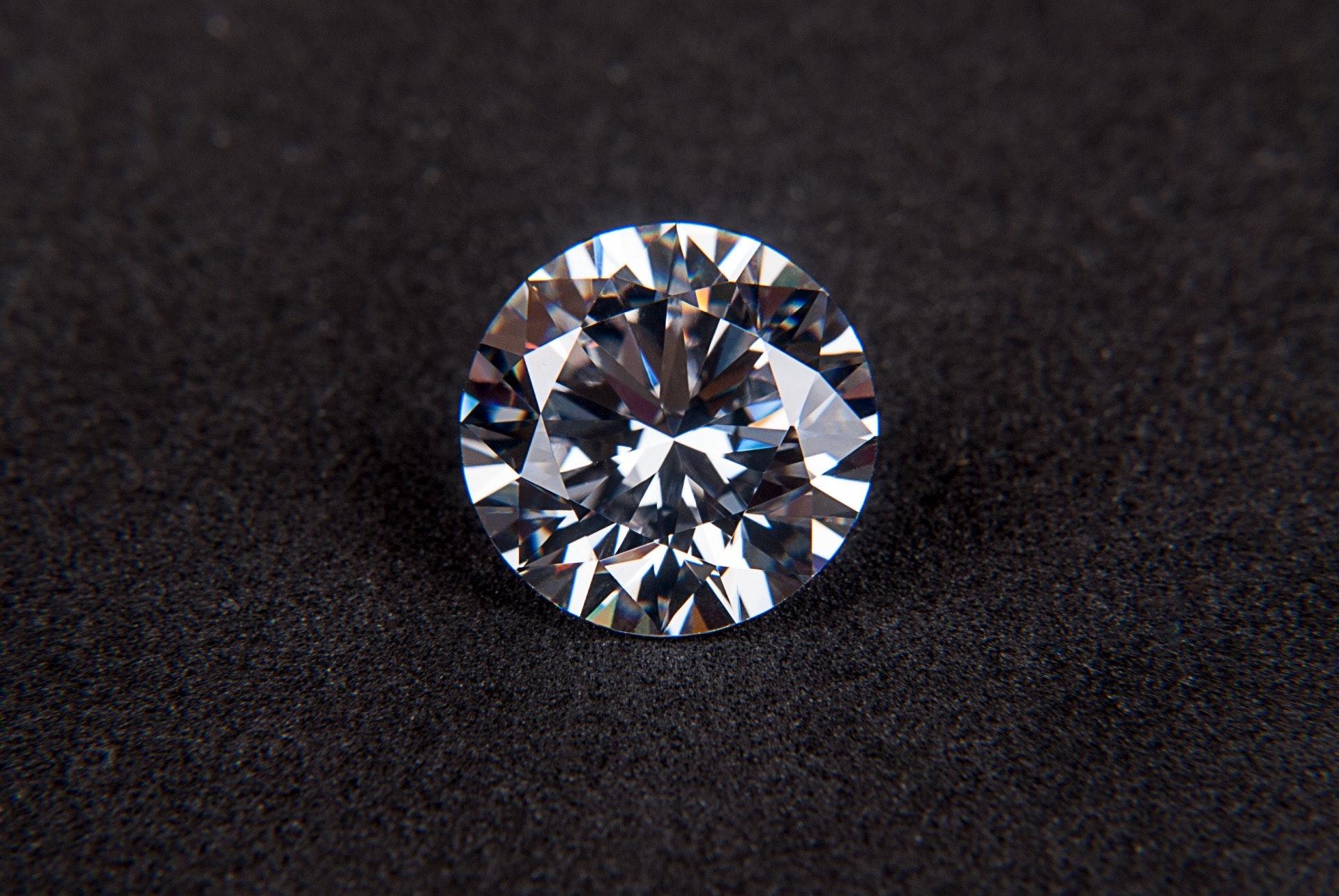 brilliant-carat-crystal-68740